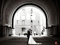Dumbo Wedding Photos- wonder whether I can find this spot