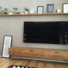 吹き抜け/アクセントクロス/壁紙/サンゲツ/FE4129/リビング…などのインテリア実例 - 2016-07-29 01:10:21 | RoomClip(ルームクリップ) Ruang Tv, Tv Sets, Modular Sofa, Diy Room Decor, Home Decor, Tv Panel, Tv Unit, Tv Cabinets, Living Room