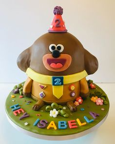 A woof woof - Hey Duggee in cake form. I made this cake for my good friends daughters birthday. Its a chocola. 2nd Birthday Party For Girl, Birthday Cakes, Birthday Ideas, Chocolate Buttercream, Chocolate Ganache, Zoes Fancy Cakes, Salted Caramel Cake, Easter Bunny Cake, Cake Kids