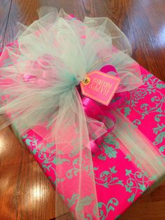 Happy birthday present wrapping - pink paper, light blue organza bow, ribbons Wrapping Gift, Birthday Gift Wrapping, Gift Wraping, Creative Gift Wrapping, Christmas Gift Wrapping, Creative Gifts, Gift Wrapping Ideas For Birthdays, Cute Gift Wrapping Ideas, Birthday Gifts