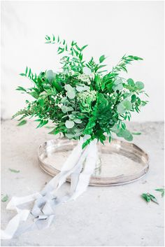 A beautiful, botanical and raw styled shoot with Visuals by Abbi and Lace in the Desert  | Green Flower Bouquet