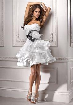 [#Fashion] LOVE LOVE LOVE this dress