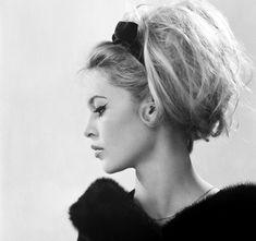 Brigitte Bardot, Bridget Bardot Hair, Vintage Hairstyles, Wedding Hairstyles, Cool Hairstyles, 1960s Hairstyles, Bouffant Hairstyles, Natural Hairstyles, Make Girl