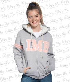 We lead the way Teen Fashion Outfits, Outfits For Teens, Cool Outfits, Sweatshirt Outfit, Red Hoodie, Hooded Sweatshirts, Hoodies, Casual Chic, Hooded Jacket