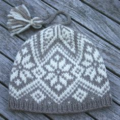 Norwegian knitting ski hat design by kidsknits2002