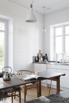 The Stunning Cottage of Pella Hedeby - NordicDesign