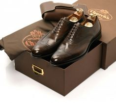 The Best Men's Shoes And Footwear : Church´s Church's Shoes, Me Too Shoes, Shoe Boots, Dress Shoes, Shoes Men, Gentleman Shoes, Gentleman Style, Fashion Moda, Mens Fashion