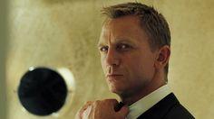 Daniel Craig ~ my favourite shot in Casino Royale!