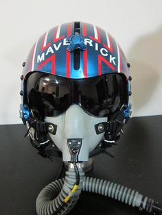 Top Gun Replica of Maverick's Helmet Jet Fighter Pilot, Air Fighter, Fighter Jets, Military Jets, Military Aircraft, Photo Avion, Aviation Theme, F14 Tomcat, Helmet Design