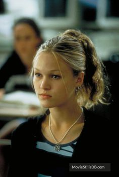 517bd787e05c 10 Things I Hate About You - Publicity still of Julia Stiles