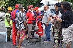 WELCOME TO KAMPUNG BLIMBIN: Pak Amin being received by the folks of Kampung Blimbin.