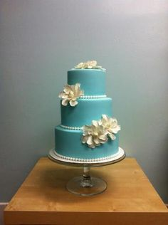 this is the blue i want.  very simple.  maybe a ribbon around the bottom.