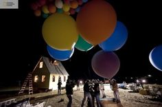 Unbelievable: Pixar's Up Movie House Re-created in Real Life Up Movie House, Pixar, National Geographic Tv Shows, Flying Balloon, Air Balloon, Film Up, Cool Photos, Beautiful Pictures, Balloon House