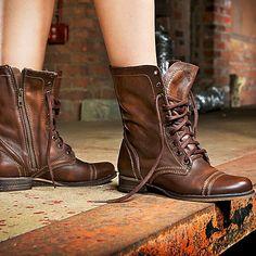 1c1cf3c1c0 STEVE MADDEN Troopa Cognac Brown Leather Combat Lace Up Ankle Boots 6 NIB