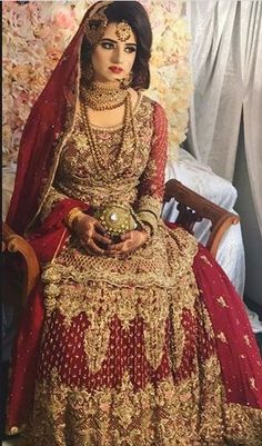 All Ethnic Customization with Hand Embroidery & beautiful Zardosi Art by Expert & Experienced Artist That reflect in Blouse , Lehenga & Sarees Designer creativity that will sunshine You & your Party Worldwide Delivery. Pakistani Bridal Makeup, Bridal Mehndi Dresses, Pakistani Wedding Outfits, Indian Bridal Outfits, Indian Bridal Lehenga, Bridal Dress Design, Wedding Dresses For Girls, Bridal Style, Pakistani Dresses