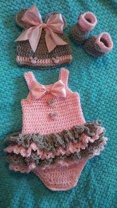 Crochet bébé souris minnie ensemble en rose et gris