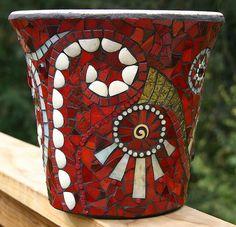 mosaic pot by jackie noyes lots of pots. Mosaic Planters, Mosaic Vase, Mosaic Flower Pots, Mosaic Tiles, Mosaics, Pebble Mosaic, Mosaic Crafts, Mosaic Projects, Mosaic Madness