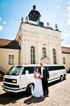 Der Hochzeits-Bulli. VW T3 Stretchlimousine als elegante Hochzeitskutsche für Ihre Hochzeit