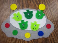 Space Storytime: five little men in a flying saucer flannel