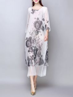 White Abstract Casual Crew Neck Maxi Dress