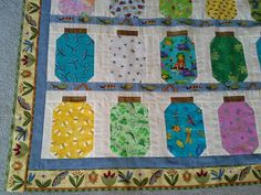 http://sewitshowit.blogspot.com/2013/07/bugs-in-jar-quilt.html
