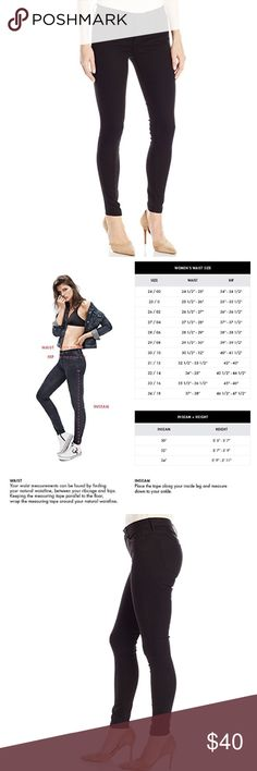 """🇺🇸NEW Calvin Klein Jeans Shiny Black Leggings NEW Without Tags Calvin Klein Jeans Shiny Black Leggings 28/6 Midrise jean w/skinny fit through hip, thigh & ankle. Dress up w/heels for a modern look, or dress down w/your favorite sneakers & tee for a casual look.       🇺🇸Offers not accepted with already 🇺🇸 discounted items🇺🇸.                 71% Cotton, 27% Polyester, 2% Elastane 5-pocket styling w/signature omega stitch on back pocket Zip fly w/button closure Leg opening: 10"""" Inseam…"""