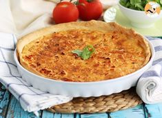 When you are out of ideas to make dinner, here is a simple and quick idea that everyone will love! - Recipe Main Dish : Salmon quiche by PetitChef_Official Appetizer Recipes, Snack Recipes, Appetizers, Cooking Recipes, Quiche Lorraine, Tortilla Pie, Salmon Quiche, Crusted Salmon, Quiches