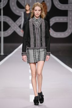Viktor & Rolf - Look 32 from Collection Ready-to-wear 2014
