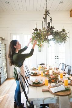 """A """"How To"""" dinner Party- Gatherings. Joanna Gains."""