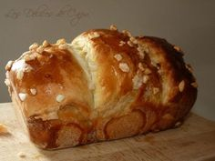 Cramique au sucre or Sugar Bread - A treat for breakfast on Sunday Mornings