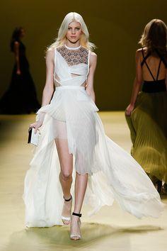 runway-bliss:  J. Mendel - F//W 2014 RTW Model: Devon Windsor