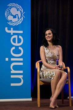 During a special Unicef event, the singer Katy Perry was appointed Unicef's newest Goodwill Ambassor. On this occasion, Katy wore a tulle dress with macramé lace details from the Blumarine Spring Summer 2014 collection. • New York - December 2013