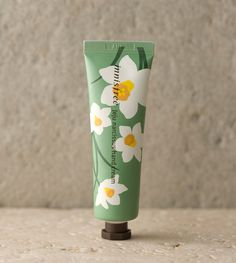 narcissus hand cream::A hand cream featuring the cool, refreshing scent of . Jeju narcissus hand cream::A hand cream featuring the cool, refreshing scent of .Jeju narcissus hand cream::A hand cream featuring the cool, refreshing scent of . Beauty Packaging, Cosmetic Packaging, Brand Packaging, Packaging Design, Beauty Cream, Chocolate Packaging, Skin Care Cream, Hand Care, Artificial Nails