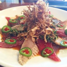 Crunch Albacore Tuna Plate: pepper seared albacore tuna sashimi crispy red onion jalapeño spicy garlic ponzu sauce #Foodbeast #sushi #sashimi #grubfiend #noms by smashasaur