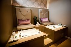 Home spa with pedicure station, would attach to hair/makeup area- same staff lol