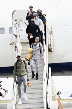 Golden State Warriors arrive back to the Bay!