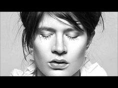 ▶ Camille - Pâle Septembre - YouTube