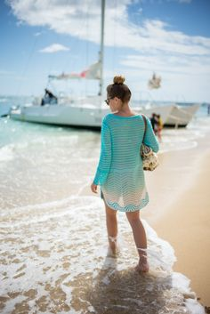 Turquoise Beach - Gal Meets Glam