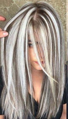 Chunky Blonde Highlights, Hair Highlights And Lowlights, Brown Blonde Hair, Hair Color Highlights, Dark Hair, Foil Highlights, Golden Blonde, Highlight And Lowlights, Heavy Highlights