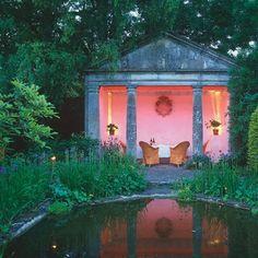 "Rosemary Verey's ""Barnsley House"" summer house"