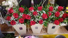 Aranjamente in cutie cu trandafiri rosii pentru tine! Boxes, Crates, Box, Cases, Boxing