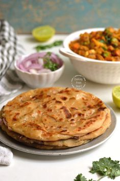 Multi-layered Laccha Cheese Naan recipe with step-wise pictures. Make this delicious Cheesy Laccha Naan for your restaurant style dinner at home! Cheese Naan Recipes, Indian Bread Recipes, Flour Recipes, Indian Flat Bread, Indian Breads, Vegetarian Mushroom Gravy, Vegetarian Recipes, Snack Recipes, Cake Recipes
