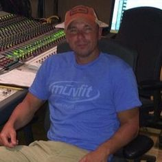 Kenny Chesney Reveals He's Recording New Music