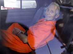 Police carry 2 boxes from home of millionaire Robert Durst - PCHFrontpage | Local and National News, Search and Daily Instant Win Opportunities! - News