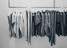 We love Scandinavian clothing brands! Labels from Northern Europe are known for their minimalistic style, casual look and feel. Top 10 Scandinavian brands.