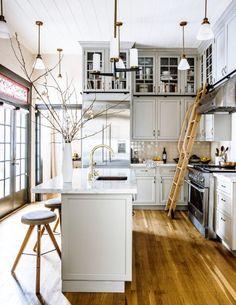 Kitchen ladder