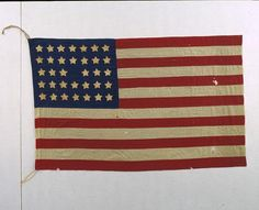The United states National 34-Star flag was adopted with the admission of Kansas as the 34th state in January 1861. Fun flag fact: Because the United States believed that secession was illegal, the flag continued to bear the stars of all the states of the union throughout the Civil War. #flagday