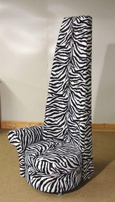 fake fur animal prints are soooo cooool Leopard Prints, Animal Prints, Funky Furniture, Unique Furniture, Fake Fur, Blanket, Chair, Antiques, Bed