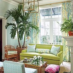 Designer Ashley Whittaker energizes a Florida town house with 8 decorating resolutions you can make—and actually keep! | SouthernLiving.com