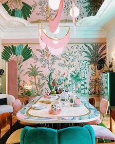Trend Maximalist Decor IDeas for Home, You Must Like This (With images) Home Interior Design, Interior And Exterior, Interior Decorating, Colorful Interior Design, Colorful Interiors, Modern Interior, Room Inspiration, Interior Inspiration, Maximalist Interior